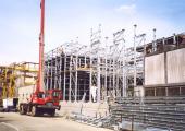 Il P.I. Daniele Torrielli agli albori durante le fasi di montaggio di una torre evaporativa del tipo FAC
